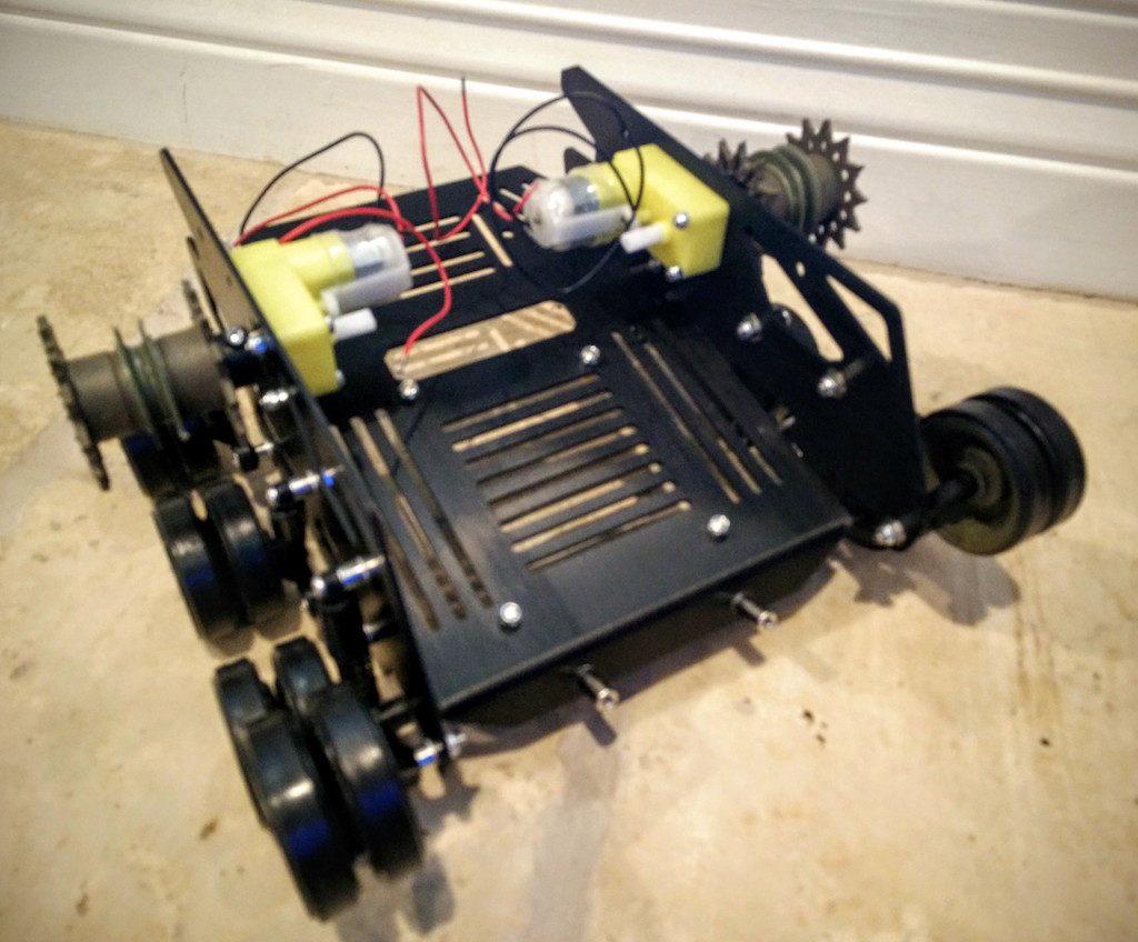 dfrobot-devastator-tank-treaded-tracked-robot-motors-and-rollers-assembled