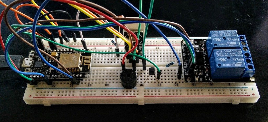ESP8266 NodeMCU WiFi Garage Door Opener Relay