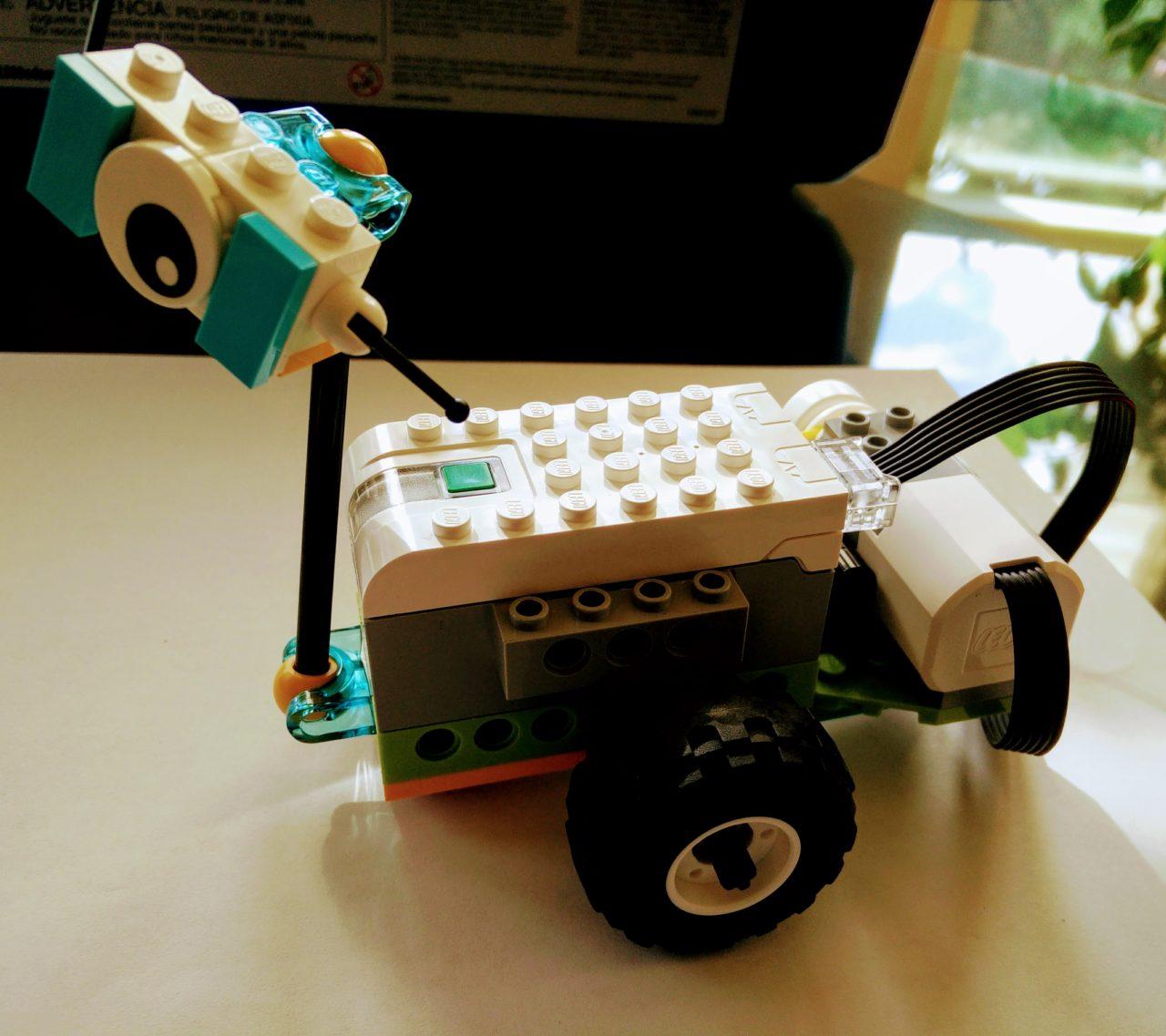 WeDo 2.0 Milo The Science Rover
