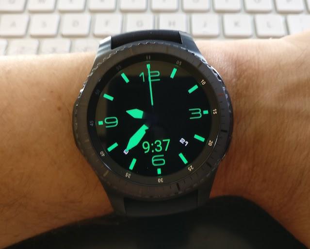 Picture of Lum-Tech Watchmaker Watch Face on Samsung Gear S3 Smartwatch Dim Mode